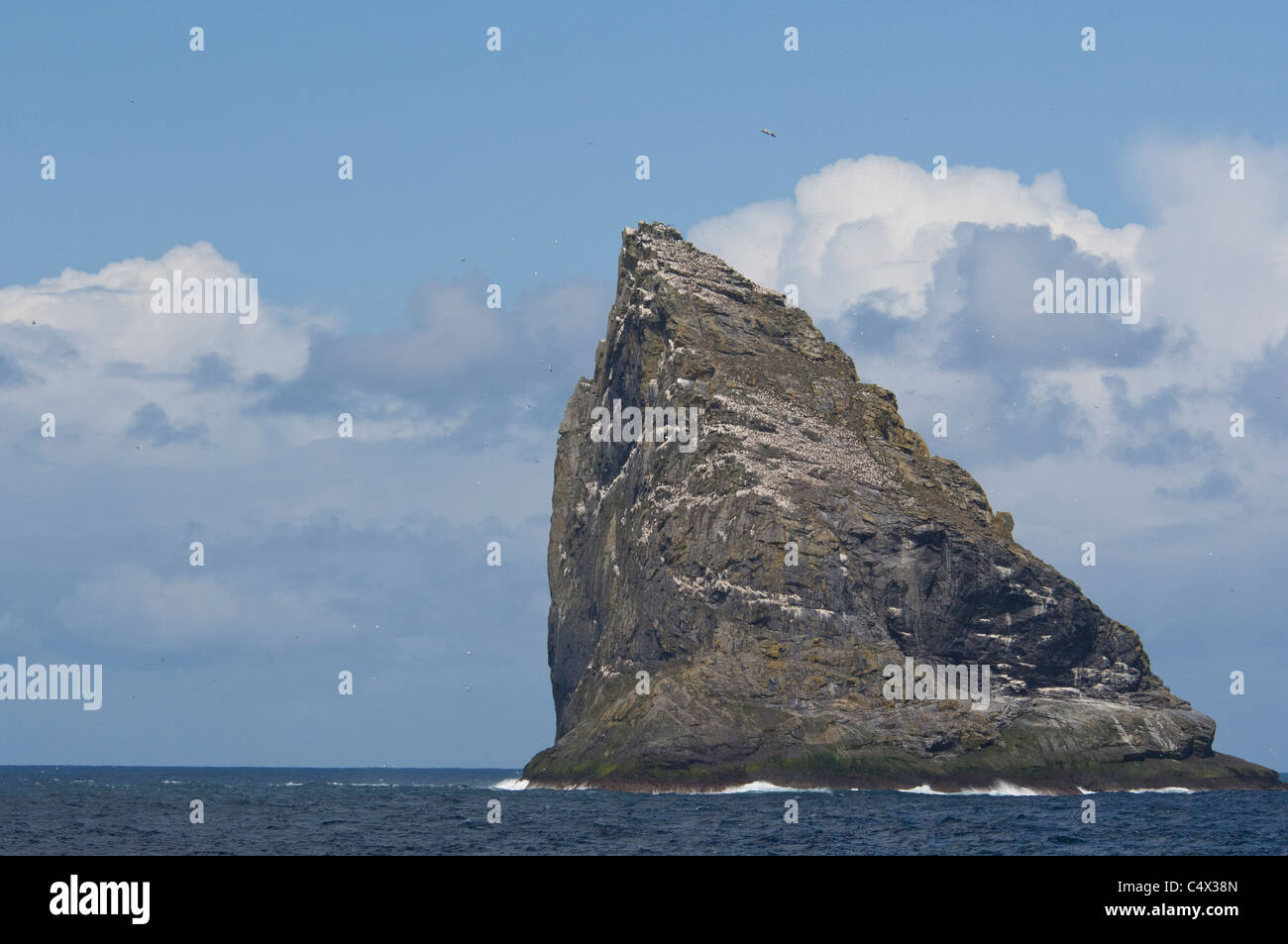 Scotland, St. Kilda Islands, Outer Hebrides. Sea stack next to the island of Boreray. - Stock Image