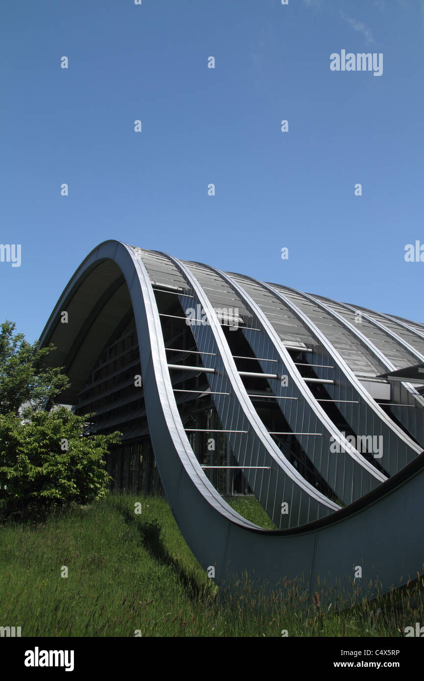 Detail of the wave-shaped facade of Zentrum Paul Klee (Paul Klee Centre), designed by Renzo Piano. - Stock Image