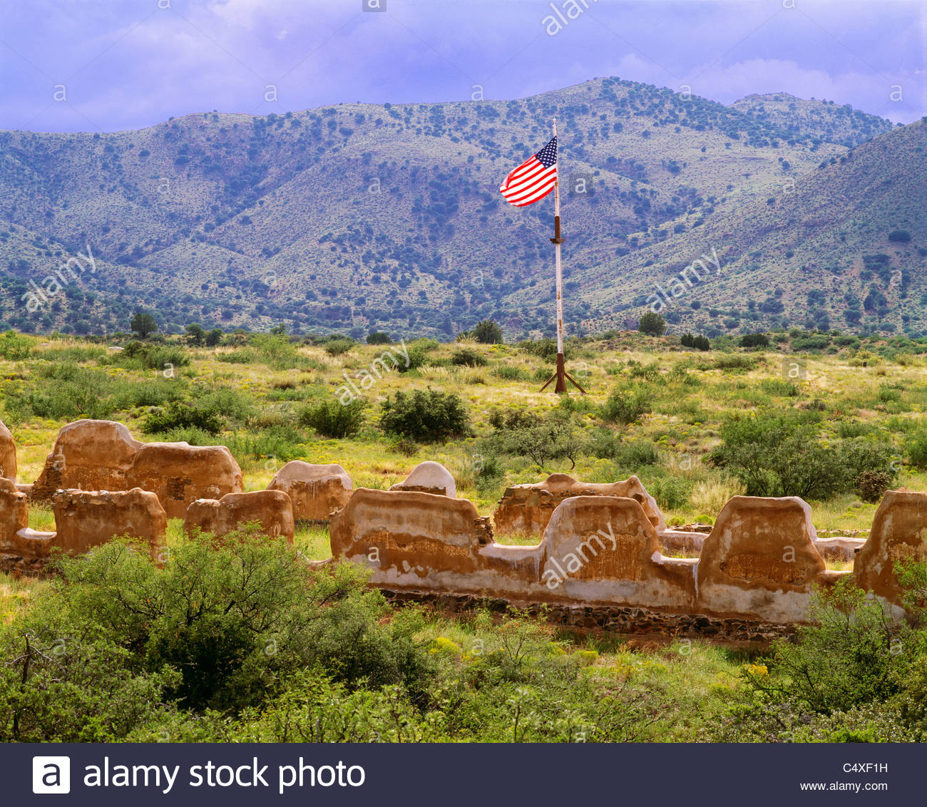 The [cavalry barracks]  at 'Fort Bowie'  [Fort Bowie National Historic Site] Arizona - Stock Image