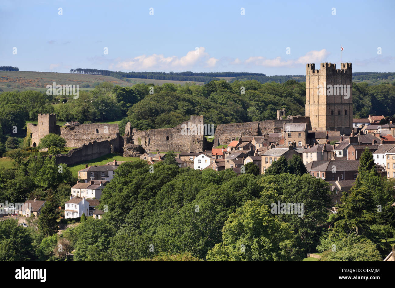 Richmond castle and town walls, North Yorkshire, England, UK - Stock Image