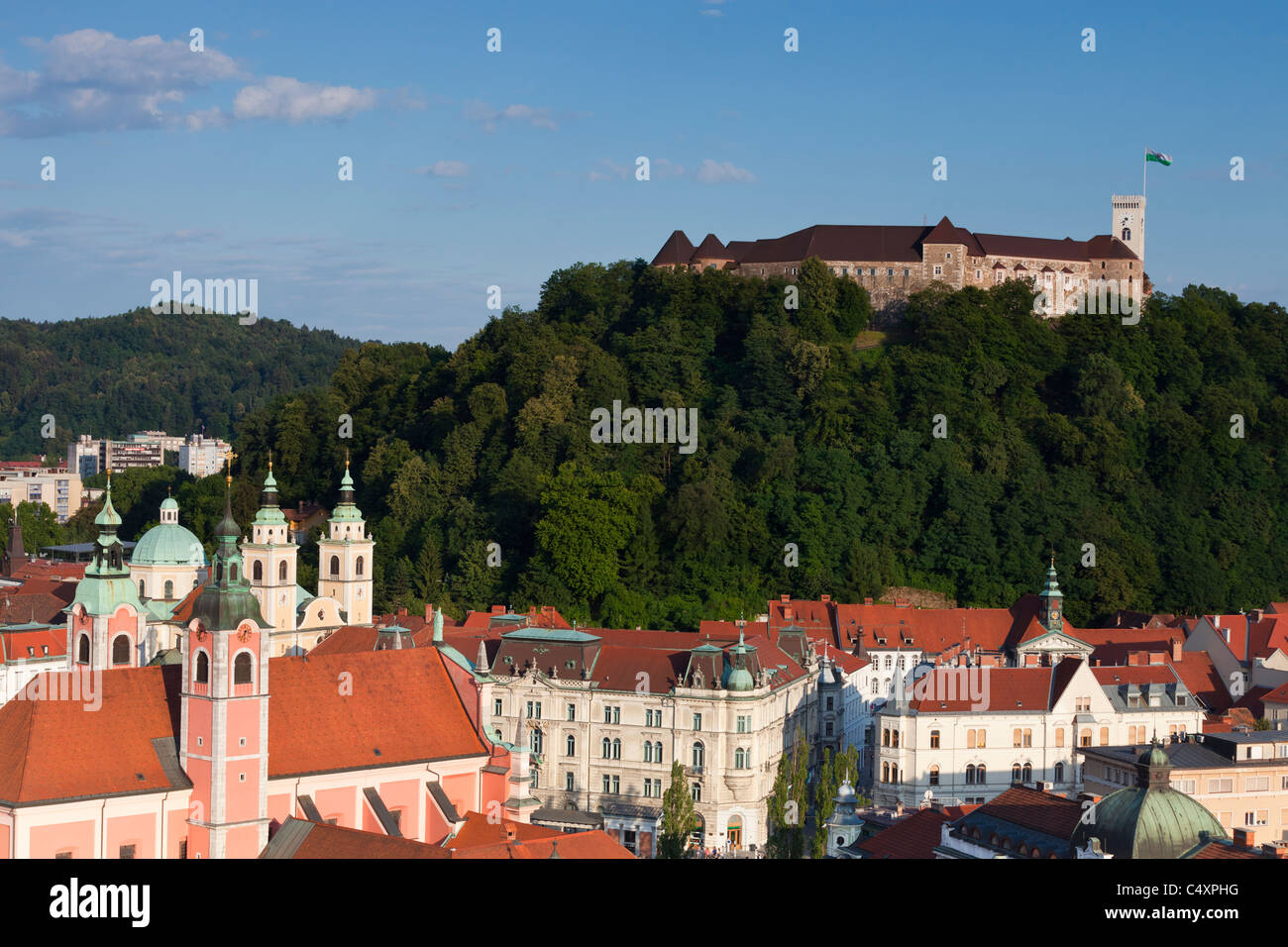 Ljubljana Castle, Slovenia, with the old town of Ljubljana below it. - Stock Image