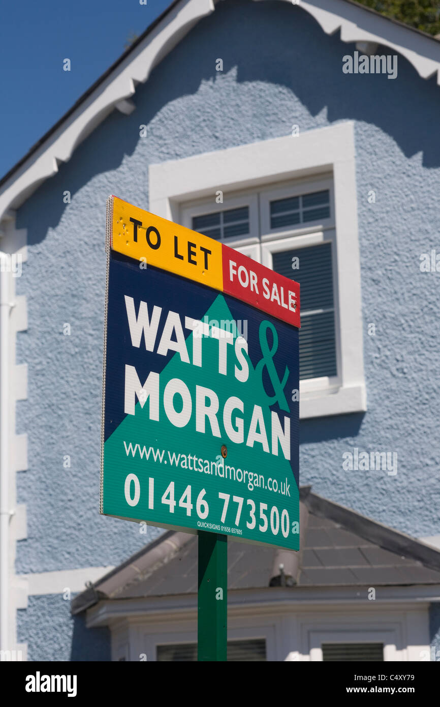 Watts & Morgan estate sign of residential property for sale or to let - Stock Image
