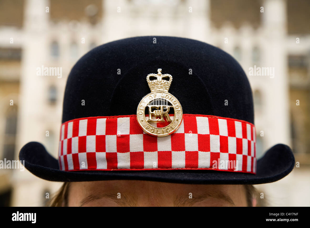 Woman police officer  s hat   City of London Police   London s  policewoman s   hat 58e76e3abcd0