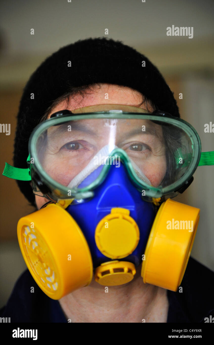 Wearing safety equipment - Stock Image