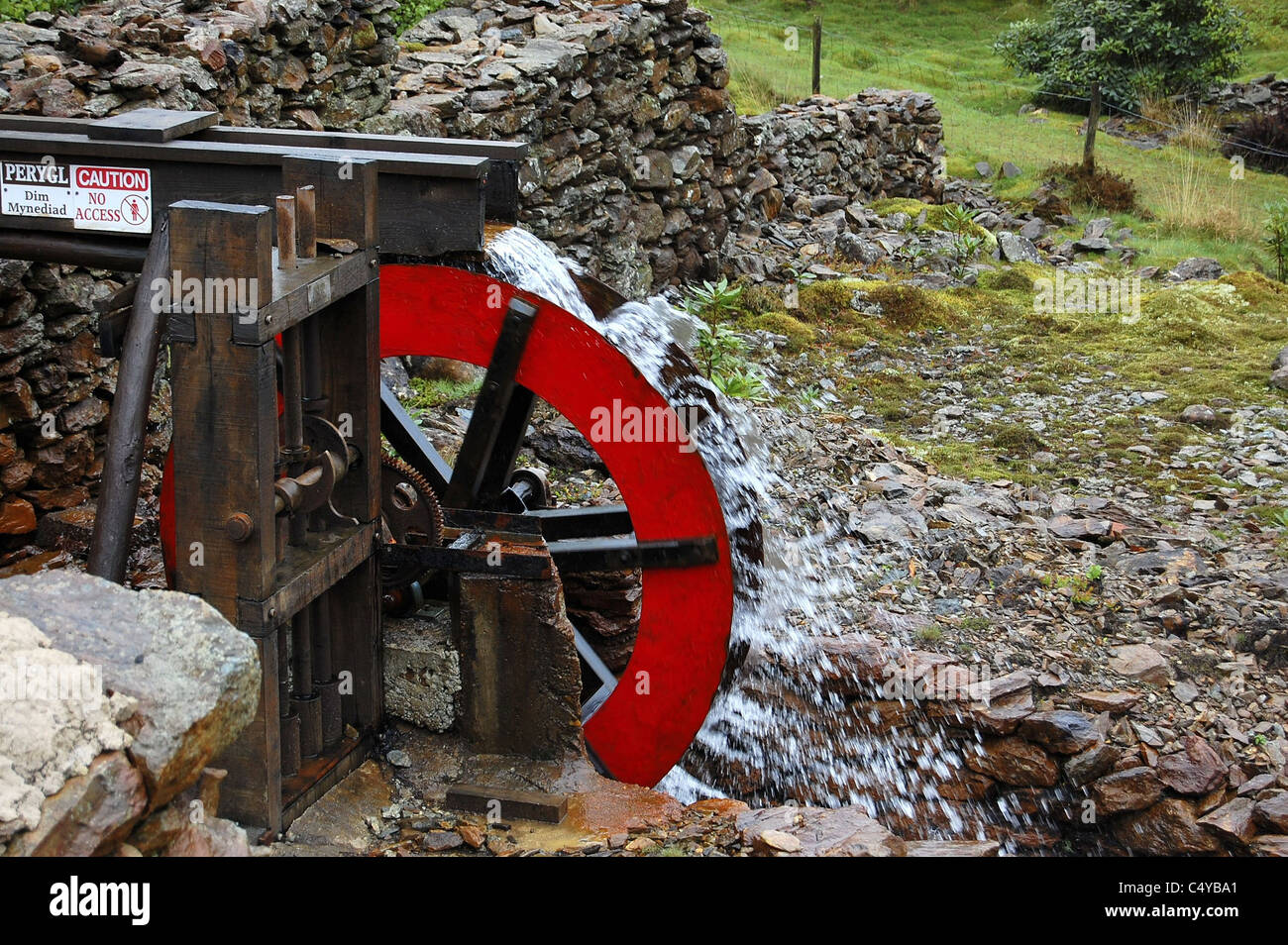Red water wheel - Stock Image