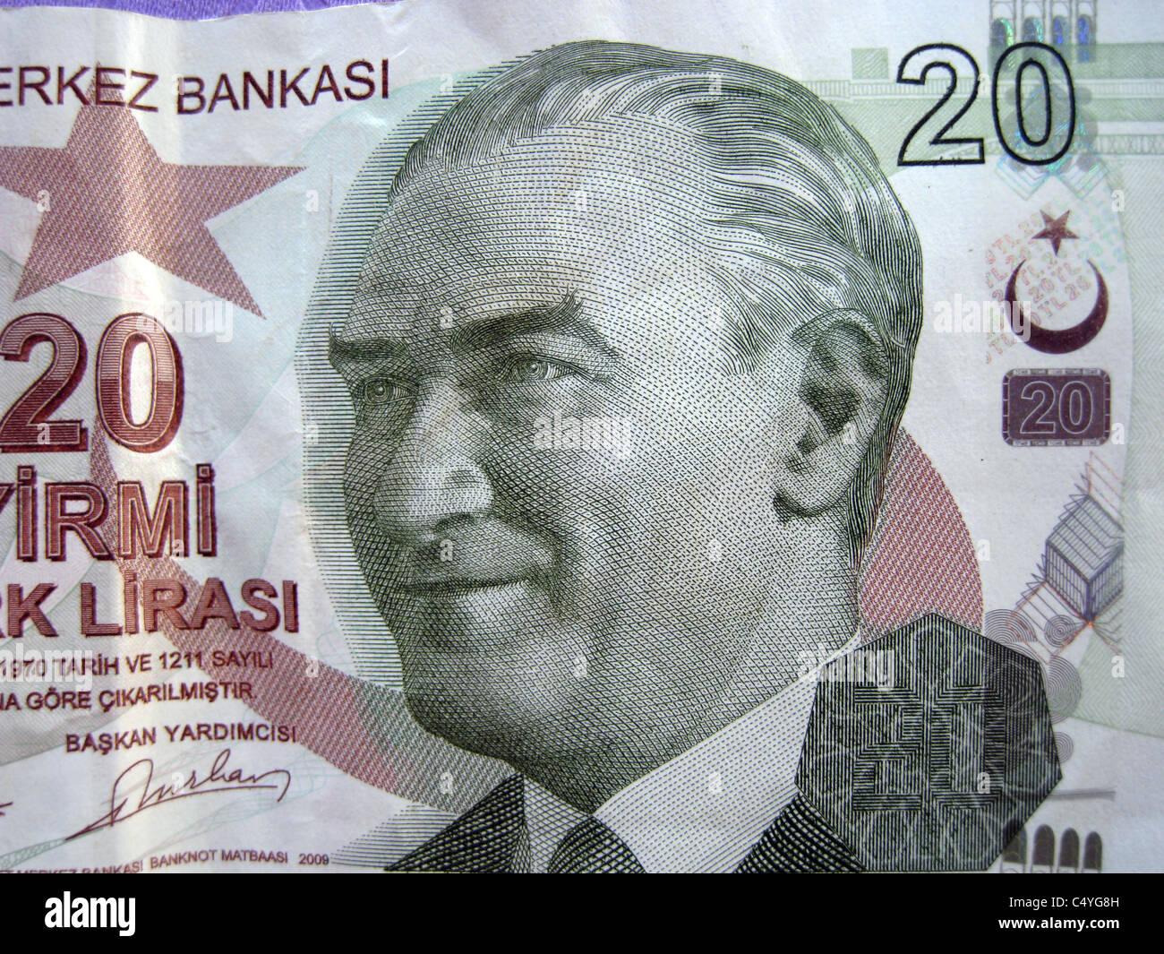 MUSTAFA KEMAL ATATURK (1881-1938) Founder of the Turkish Republic on a 20 Lire banknote - Stock Image