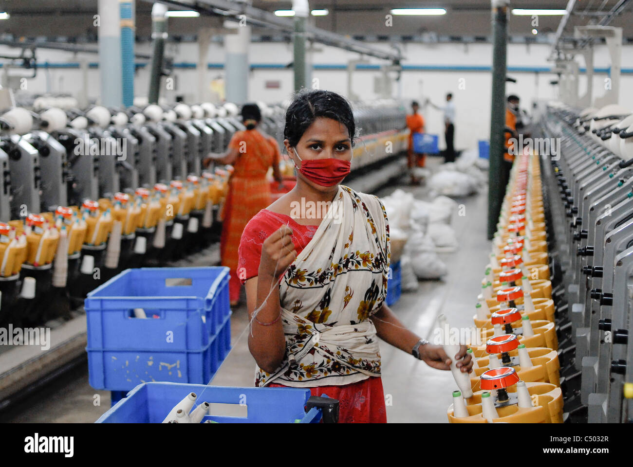 Bangladesh , textile industry in Dhaka , company produce textiles  for export for western discounter, cotton spinning - Stock Image