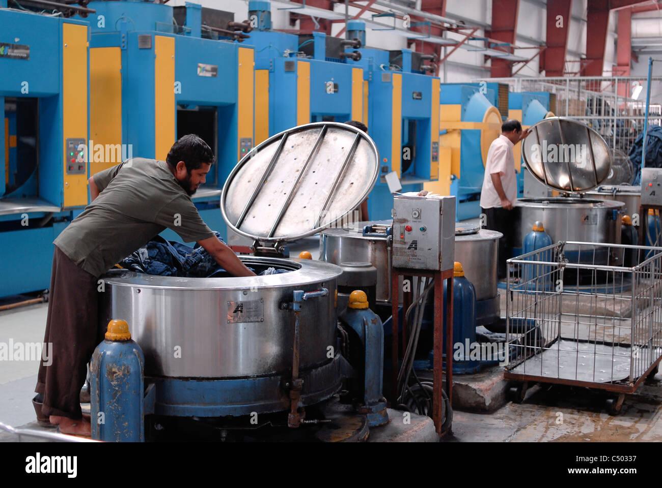 Bangladesh Garment Factory Stock Photos & Bangladesh Garment