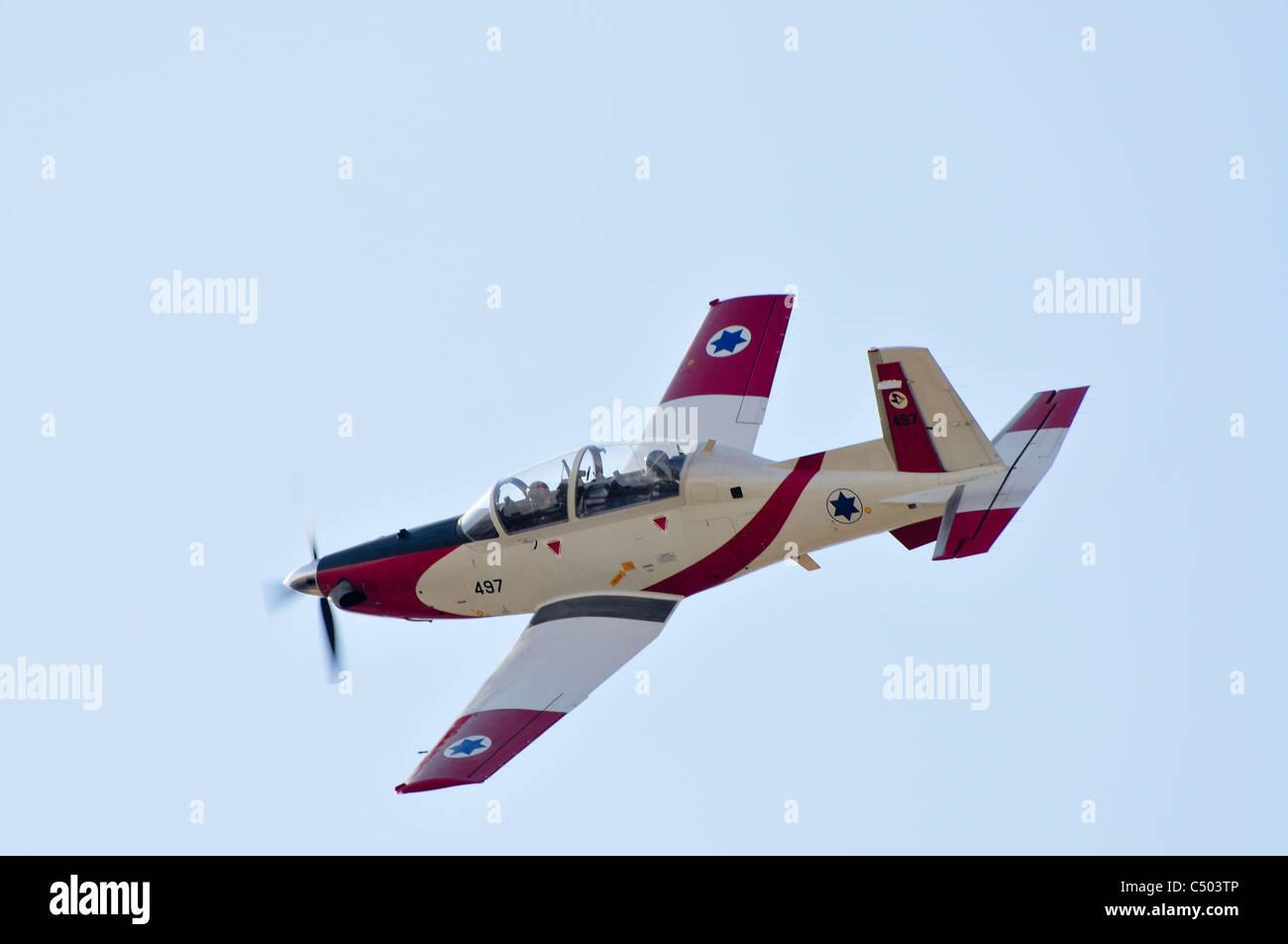 Israeli Air force Flight Academy Beechcraft T-6A Texan II Aerobatics team in flight - Stock Image