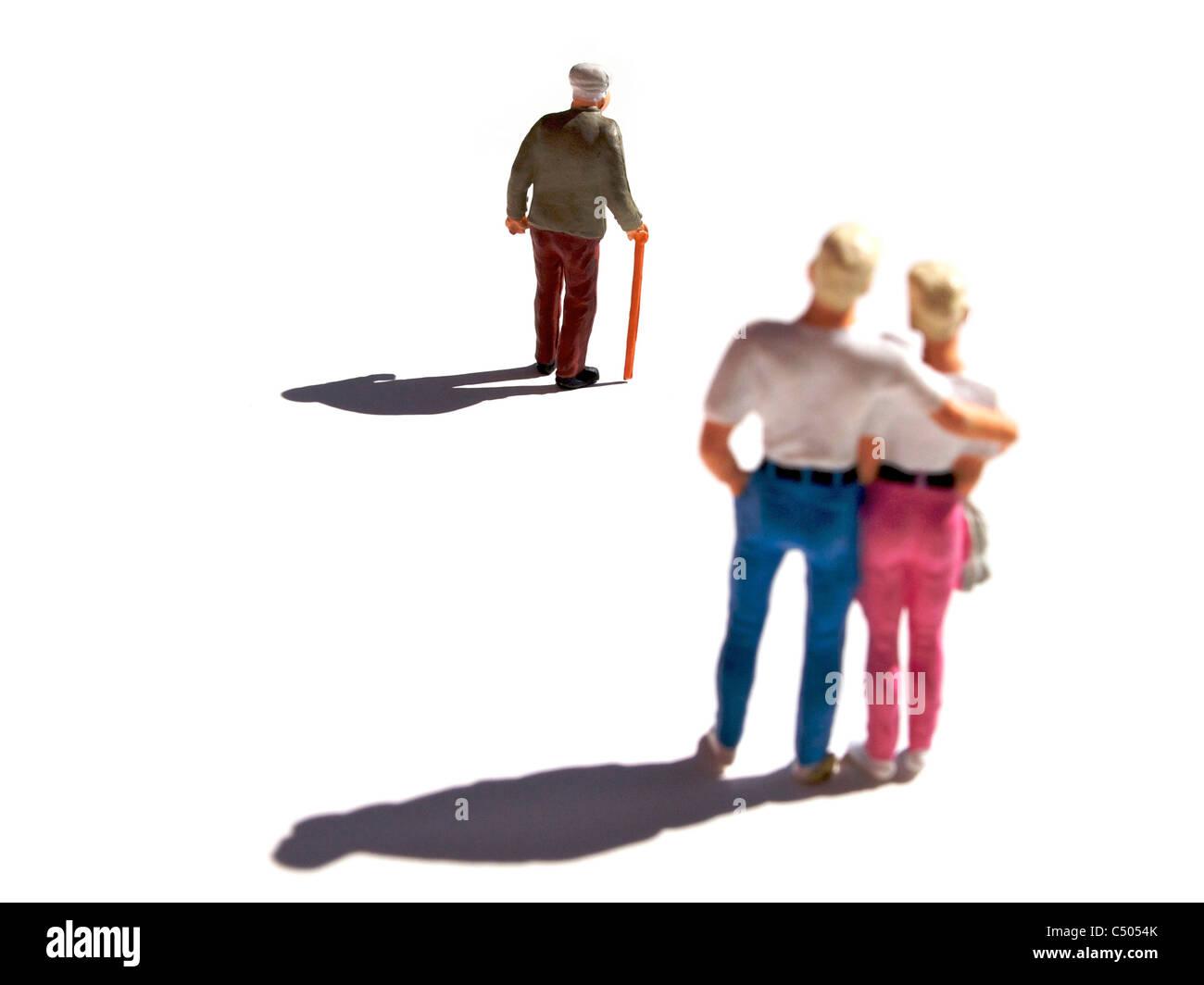 Figurines, symbolic separation. - Stock Image