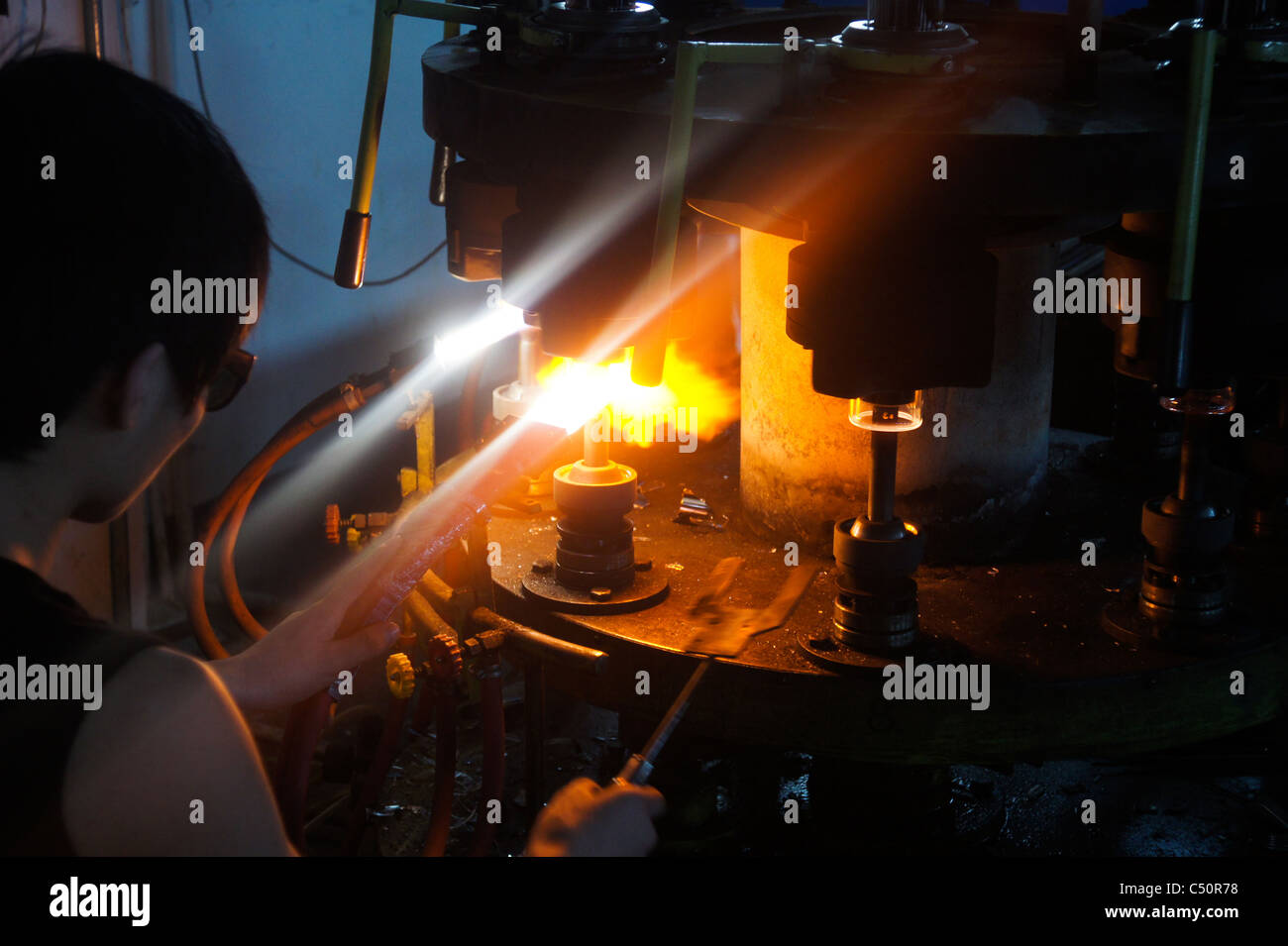 Production process of solar evacuated tube collectors in Shanghai China - Stock Image