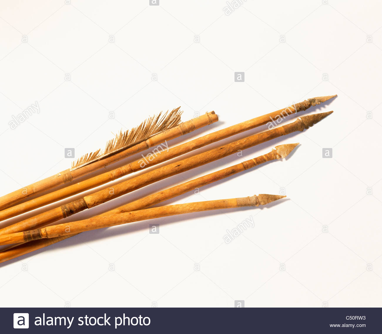 Prehistoric wood arrows with stone points. Anasazi culture. [Chaco Culture National Historical Park] New Mexico. - Stock Image