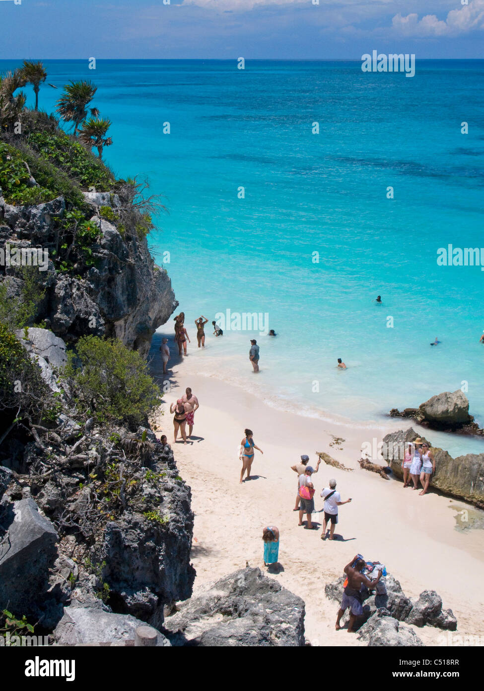 Strand bei den Mayastaetten von Tulum Quintana Roo, Yukatan, Mexiko,  Beach at the Tulum ruins, Yucatan, Mexico - Stock Image