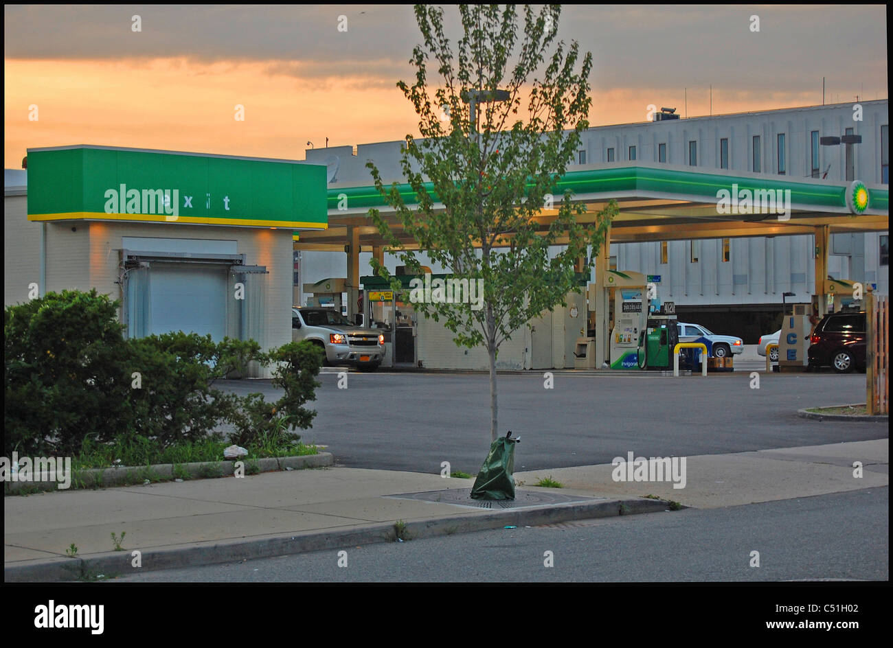 Green Gas Station in Jersey City - Stock Image