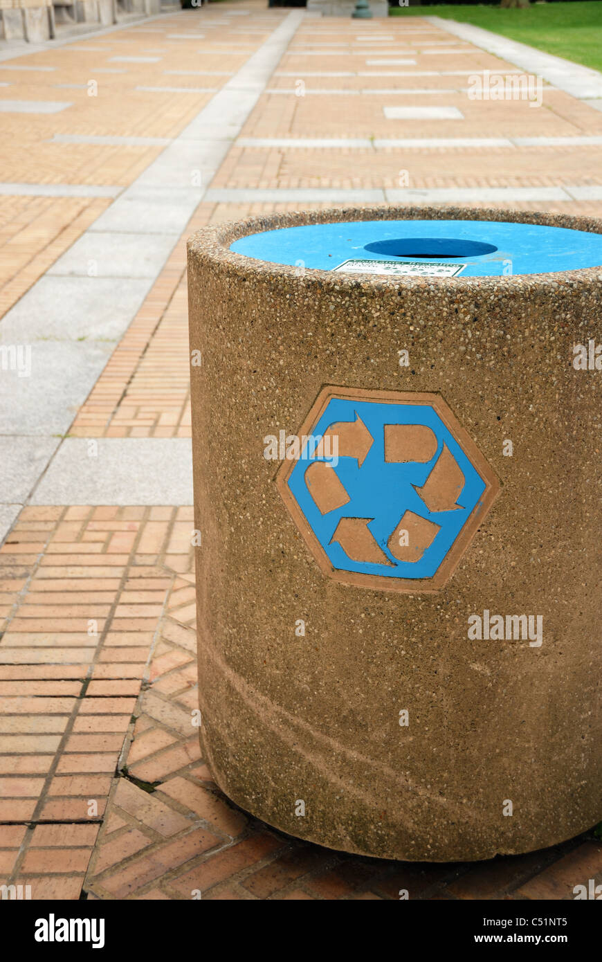 The universal recycling symbol  is an internationally recognized symbol used to designate recyclable materials. - Stock Image