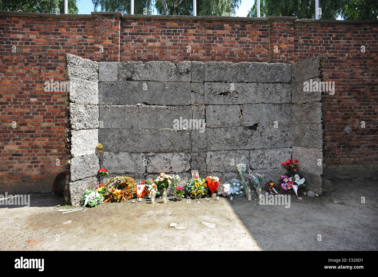 Auschwitz 1 former concentration camp and now a State Museum -  The infamous death wall where prisoners were executed Stock Photo