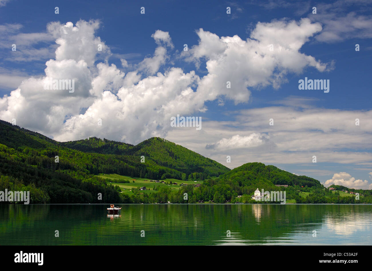 Lake Fuschlsee with the castle Fuschl in the Salzkammergut region near Salzburg, Austria - Stock Image