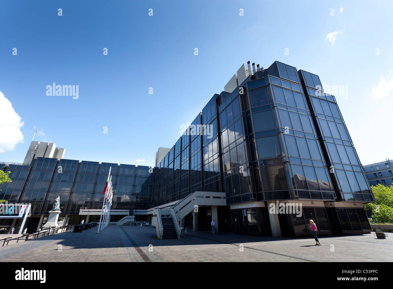 Portsmouth Civic Offices in Guildhall Square. - Stock Image