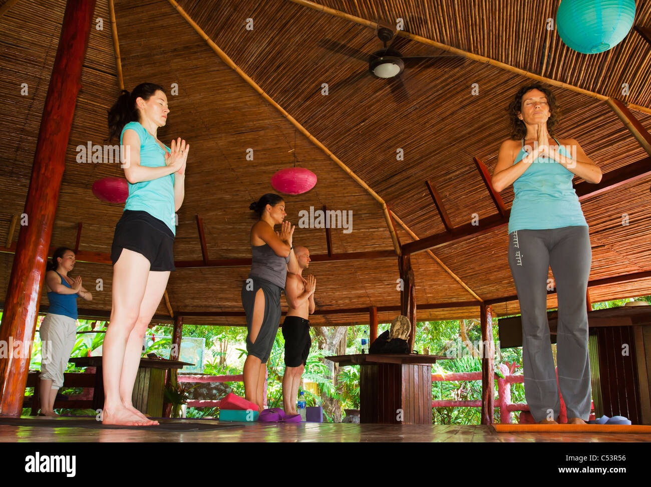 Yoga class at Montezuma Yoga School Los Mangos hotel - Stock Image
