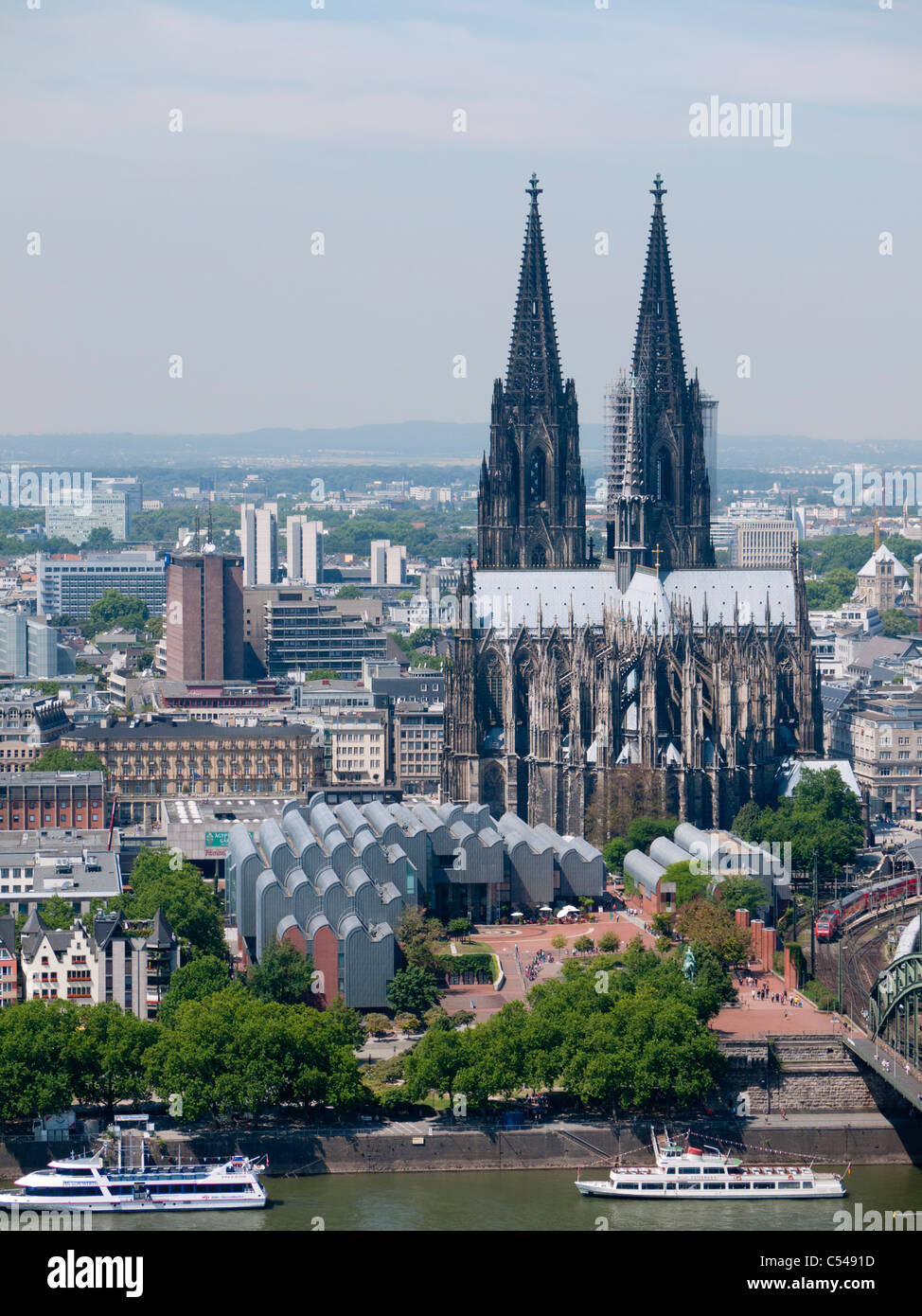 View of Cologne cathedral or Dom and adjacent Museum Ludwig in Germany - Stock Image
