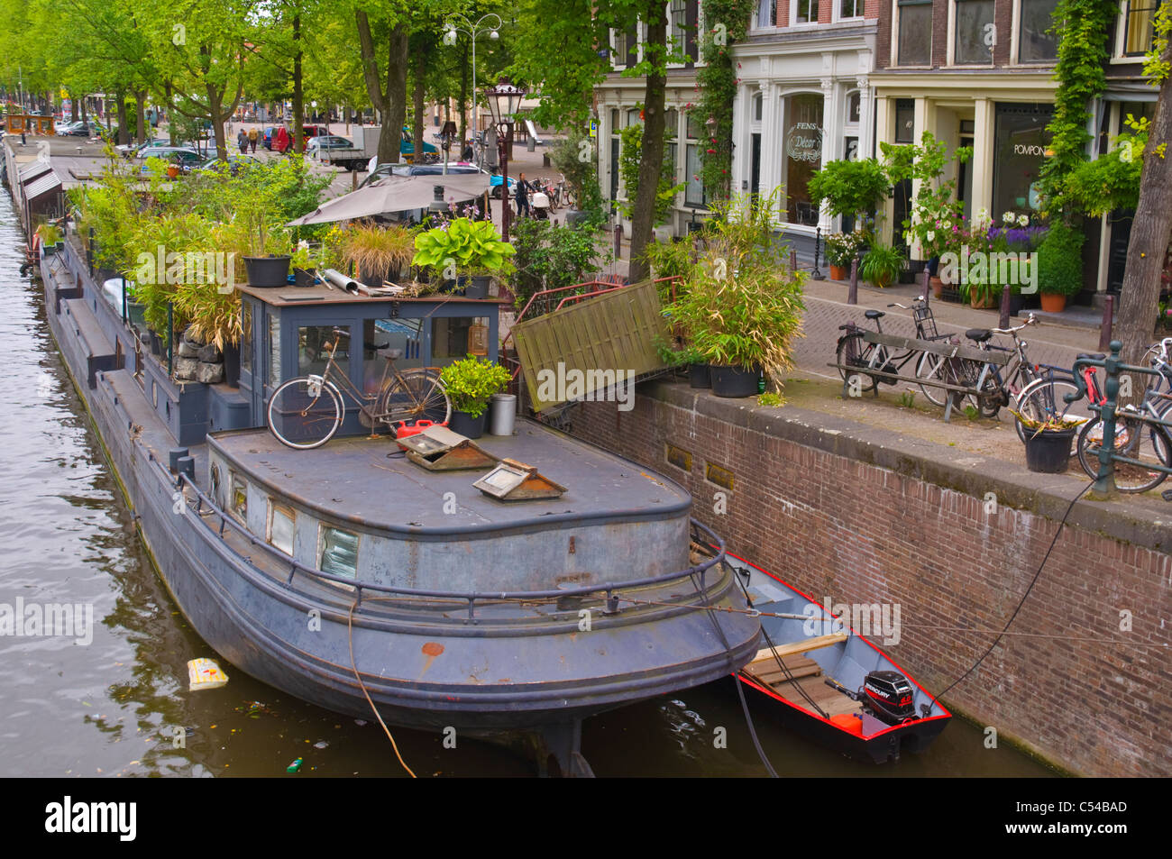 House boat on Prinsengracht canal central Amsterdam the Netherlands Europe - Stock Image