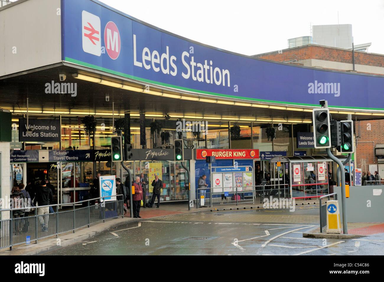 Leeds train station entrance Stock Photo