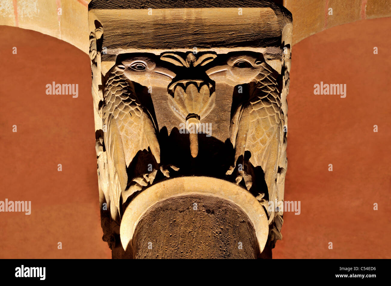 France, St. James Way: Detail of a romanesque capital in the  Abbey St. Foy in Conques - Stock Image