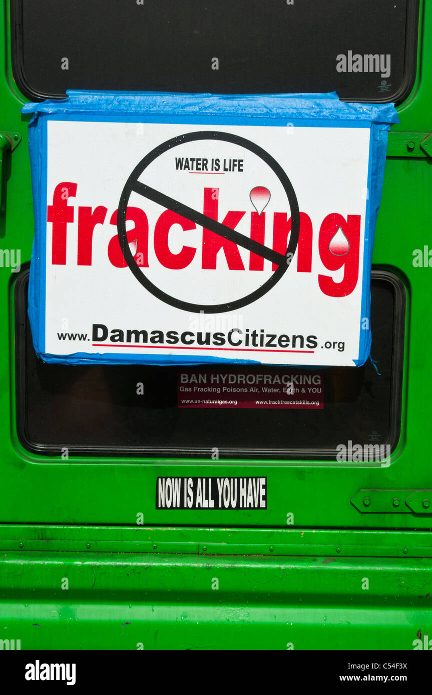 Water is life, anti fracking plate on green car, New York, USA - Stock Image