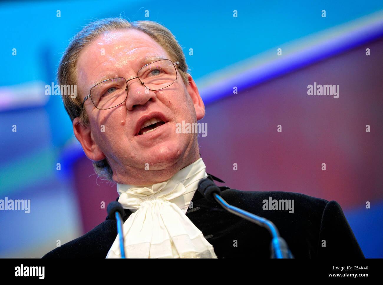 Lloyd Fitzhugh OBE High Sherrif of Clwyd, speaking at the 2011 Llangollen International Musical Eisteddfod - Stock Image