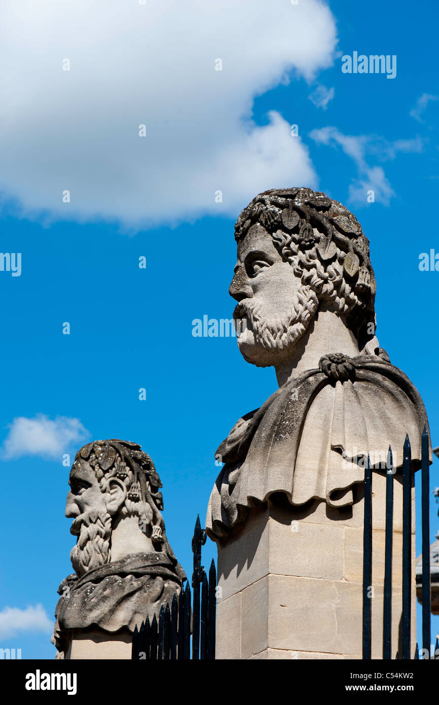Sculptures outside Sheldonian Theatre, Oxford, Oxfordshire, United Kingdom Stock Photo