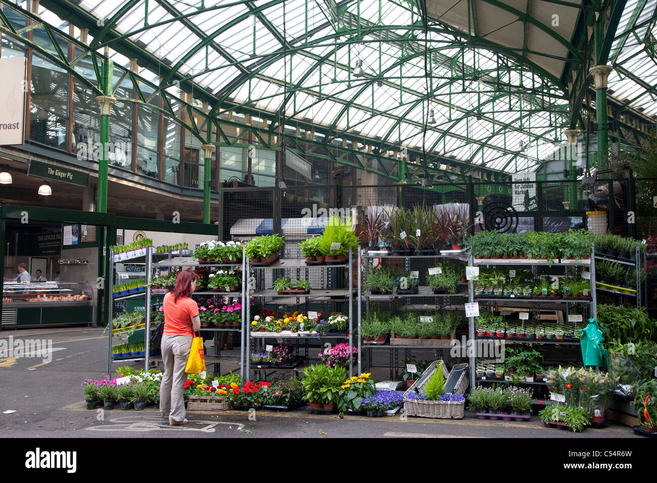 Florist at Borough Market, London, UK - Stock Image