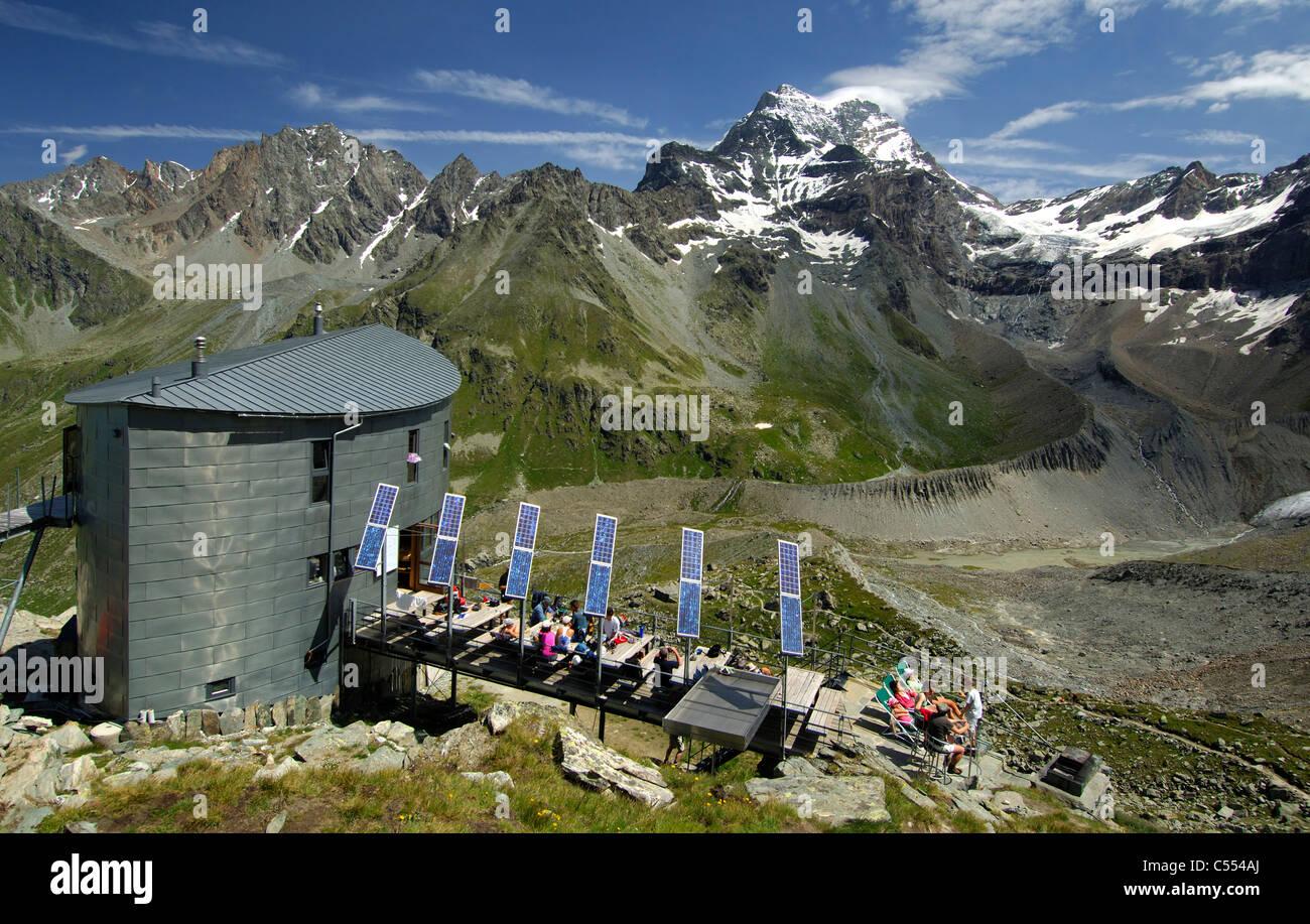 The Velan refuge, Cabane du Velan, of the Swiss Alpin Club (CAS) at the foot of Mt Grand Combin, Valais, Switzerland - Stock Image