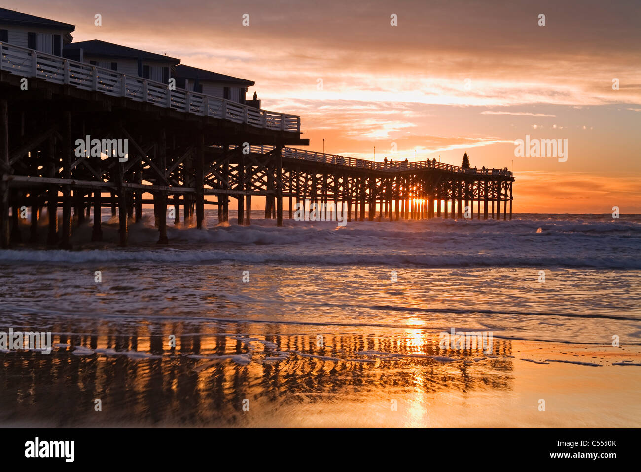 Hotel on the beach, Crystal Pier Hotel, Pacific Beach, San Diego, California, USA - Stock Image