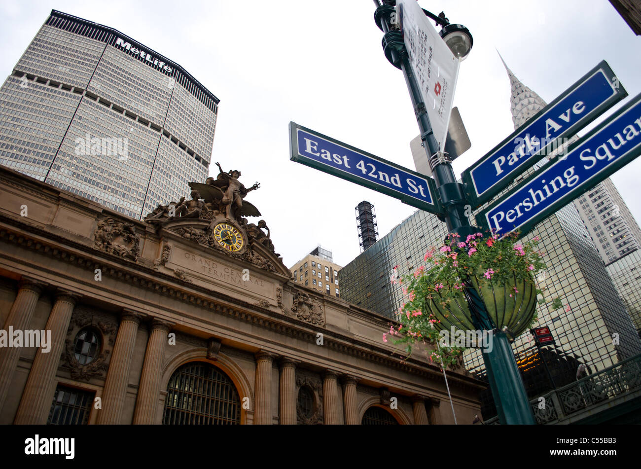 Grand Central Station, Metlife and Chrysler Building - Stock Image