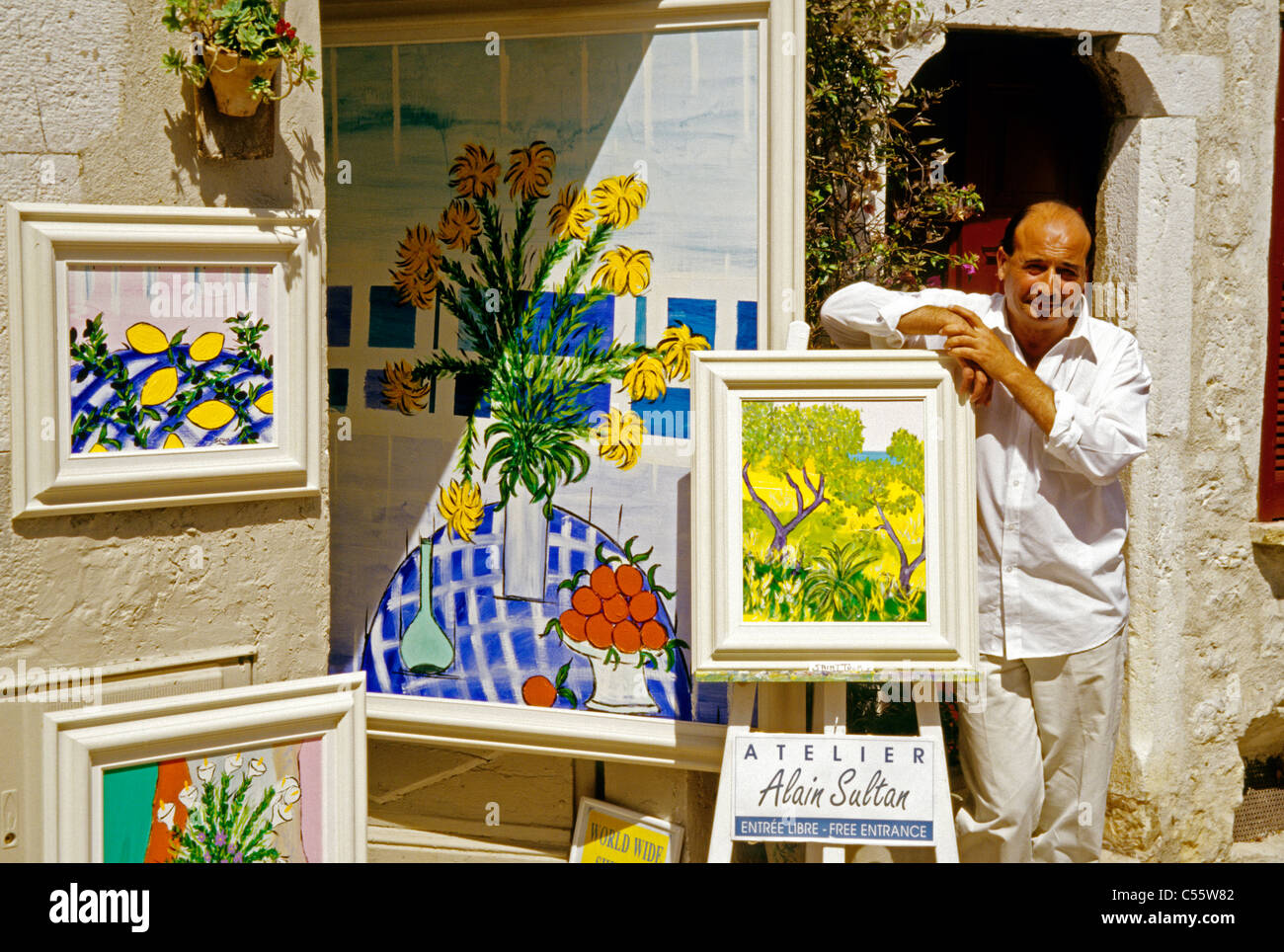 Saint Paul De Vence Art saint-paul-de-vence artist alain sultan in front of his