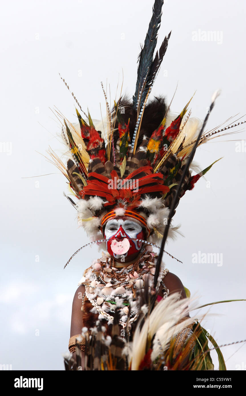 Tribeswoman of Papua New Guinea at the Mt. Hagen Cultural Festival - Stock Image