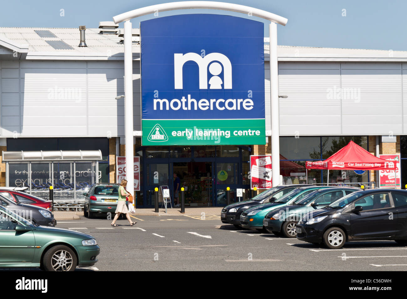 Entrance to Mothercare early learning centre - Stock Image