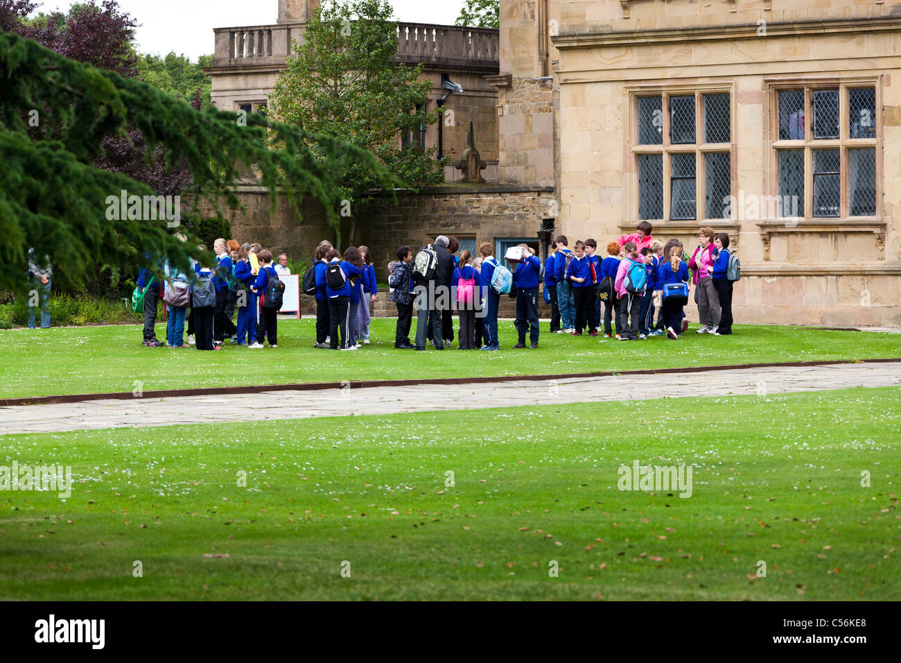 School children on a day out - Stock Image