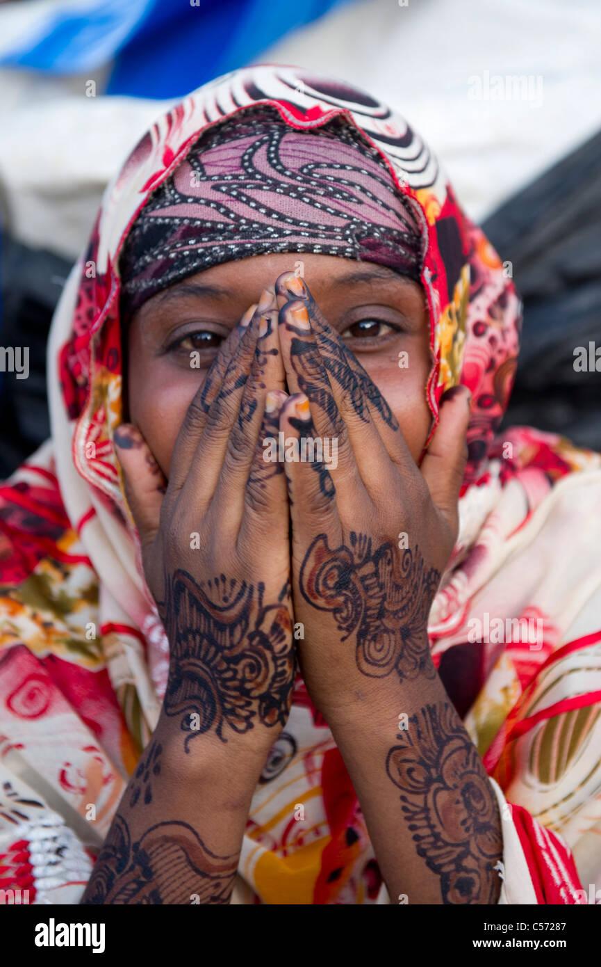 Girl with henna hands, Hargeisa, Somaliland, Somalia - Stock Image