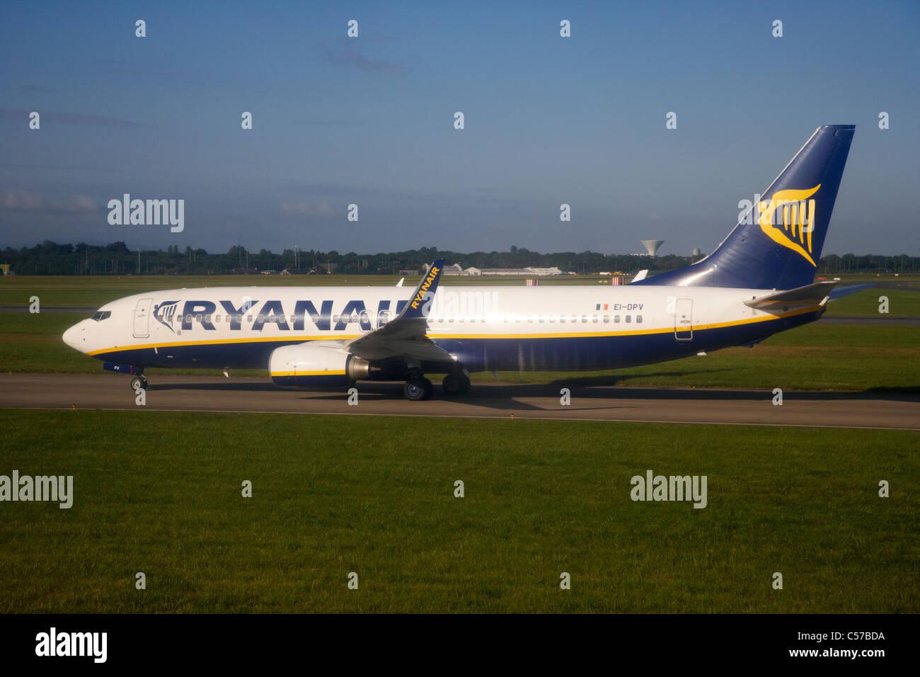 ryanair boeing 737 aircraft EI-DPV dublin airport republic of ireland europe shot through aircraft window - Stock Image