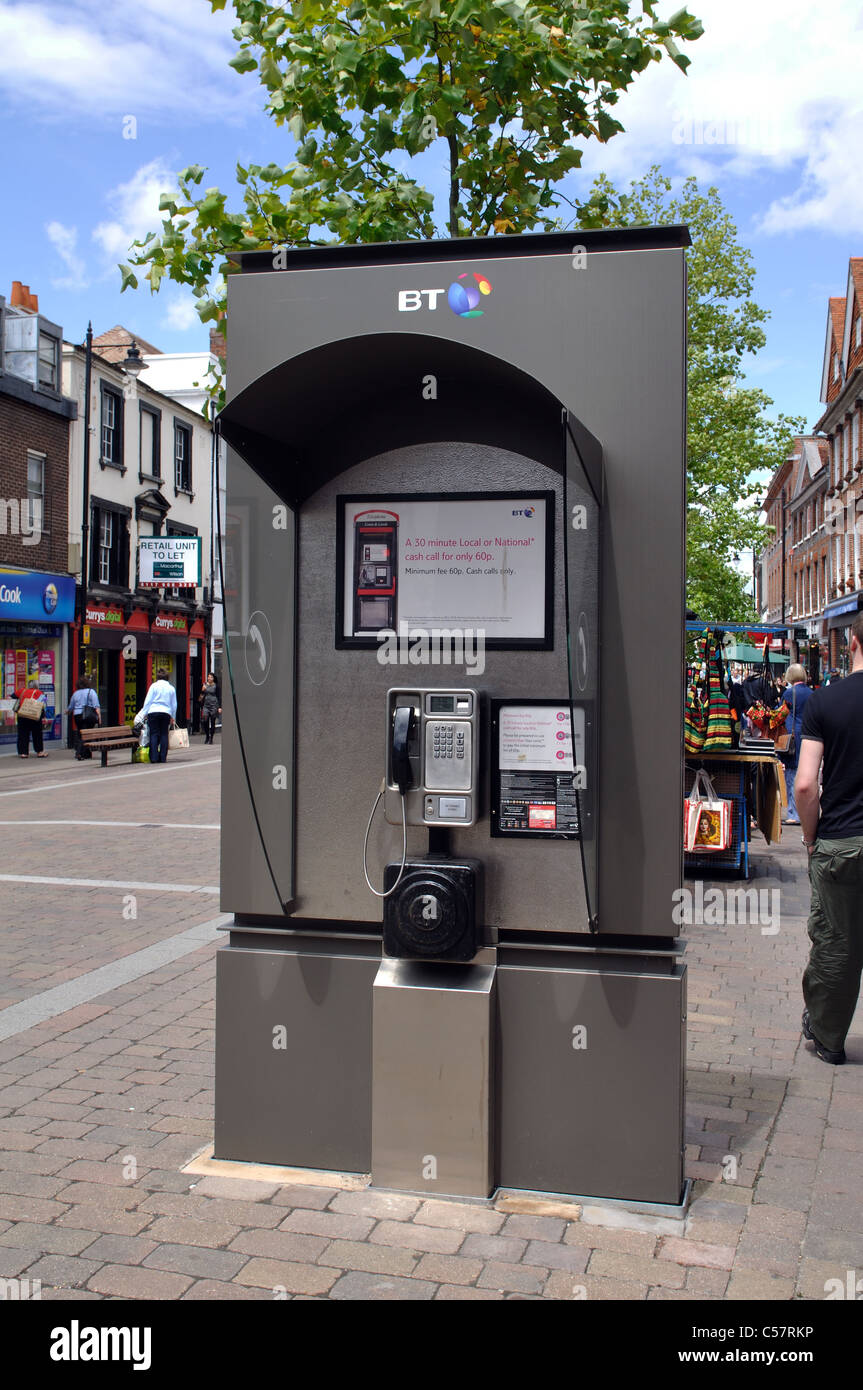 Telephone kiosk, Newbury, Berkshire, England, UK - Stock Image