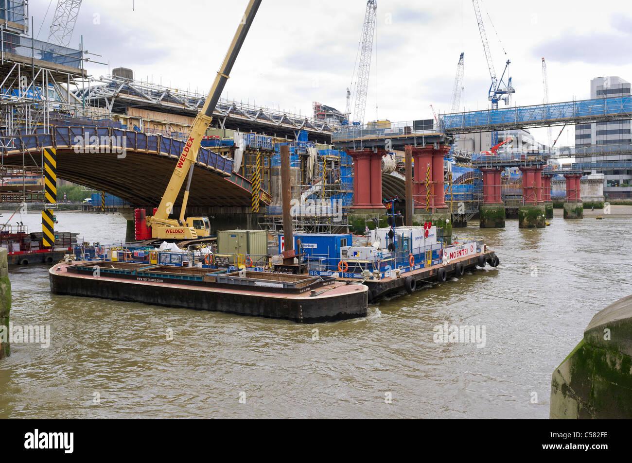 Blackfriars Station Rebuild across Blackfriars Railway Bridge, London, Britain - May 2011 - Stock Image