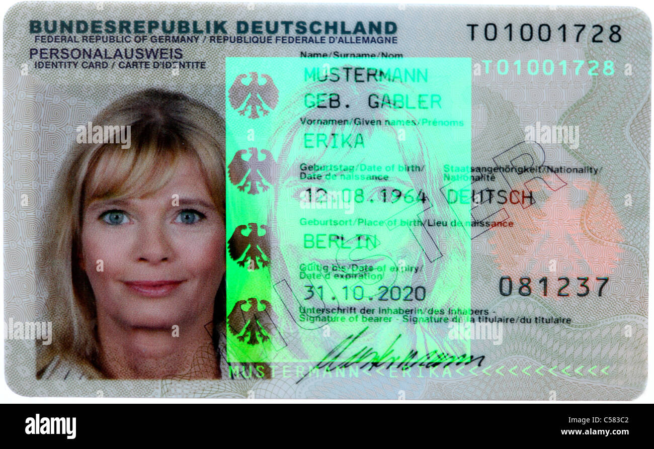 New German ID-Card. With holographic picture and 3-D security signatures. - Stock Image