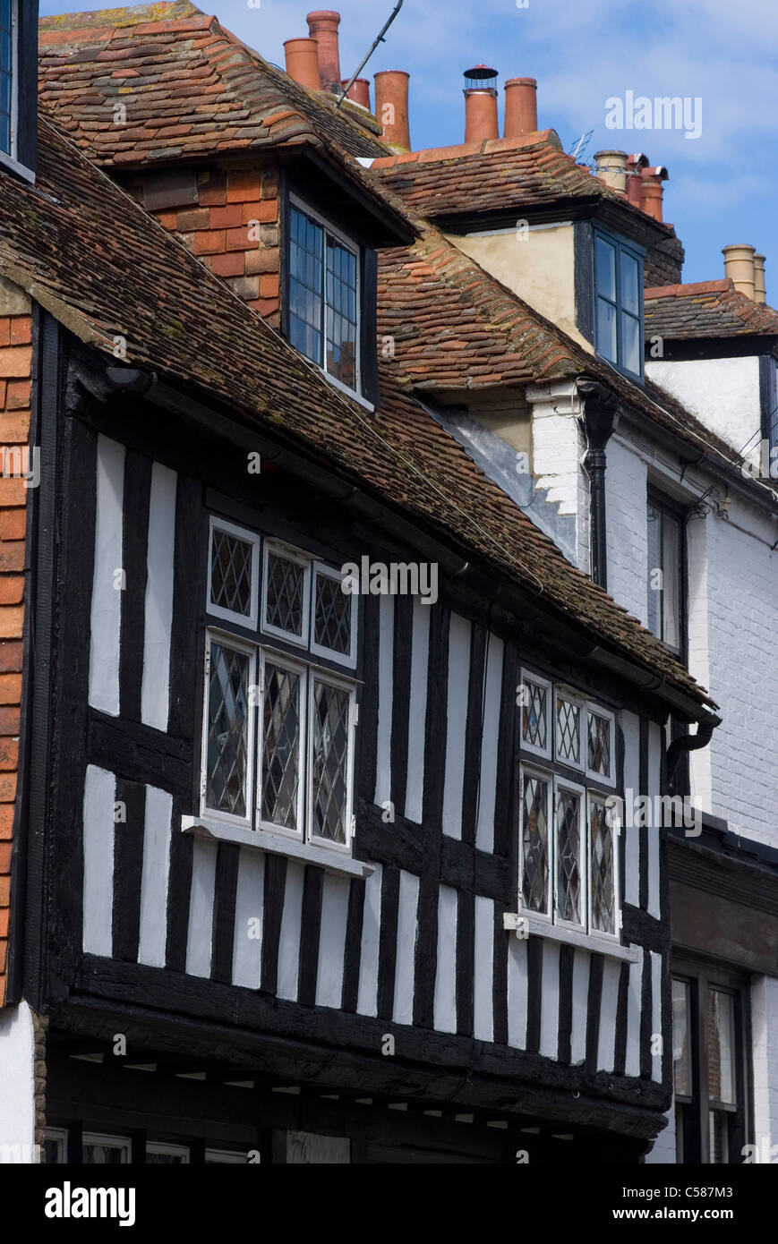 Land Gate town wall, built in 1380, with two massive drum Towers up to 40 feet high, Rye, Sussex, Englan - Stock Image