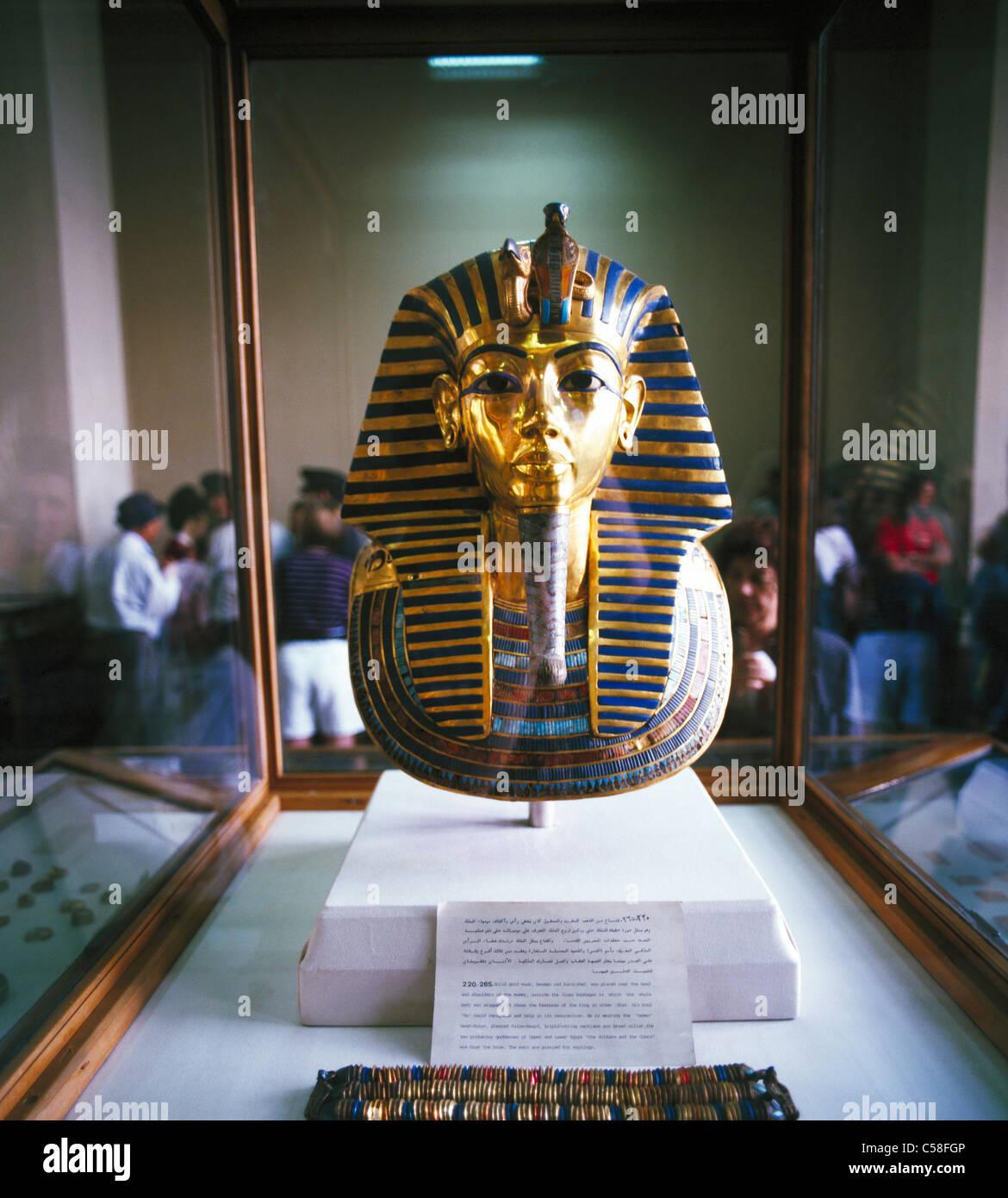 The Mask of Tutankhamun, Egyptian Museum, Cairo, Egypt - Stock Image
