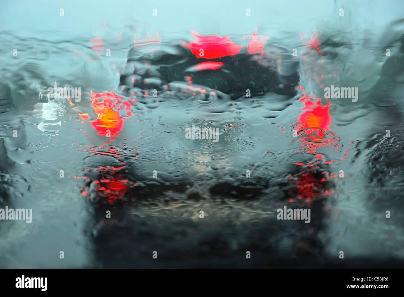 rain, wet, car, windshield, Naples, Florida, USA, United States, America, window, lights, visibility - Stock Image
