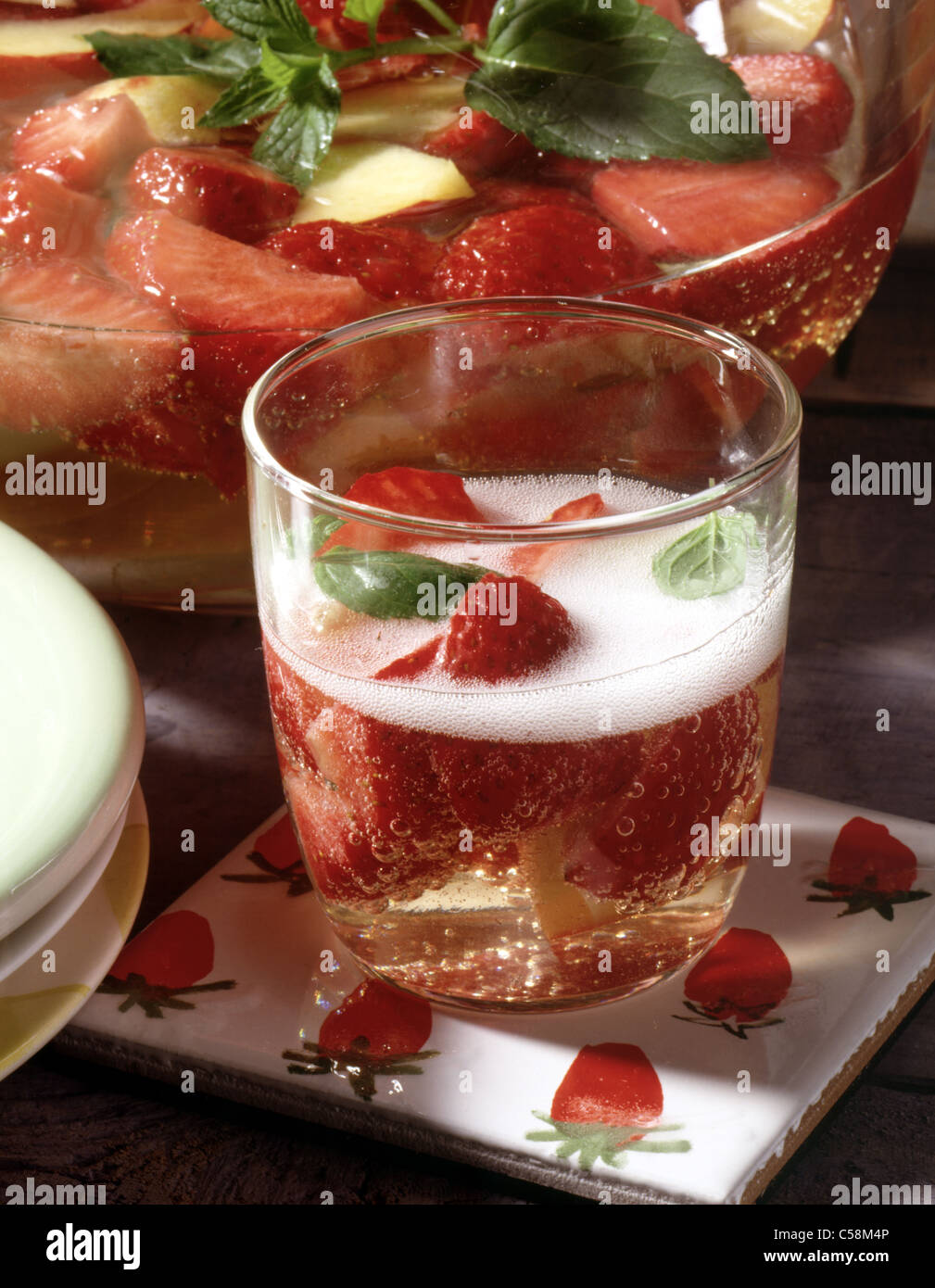 Strawberry Peach Wine Cooler Stock Photo 37685446 Alamy
