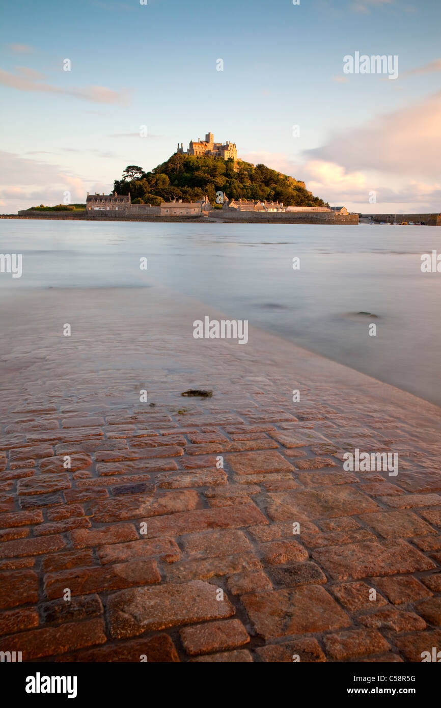 St Michael's Mount; Cornwall; and causeway from Marazion - Stock Image