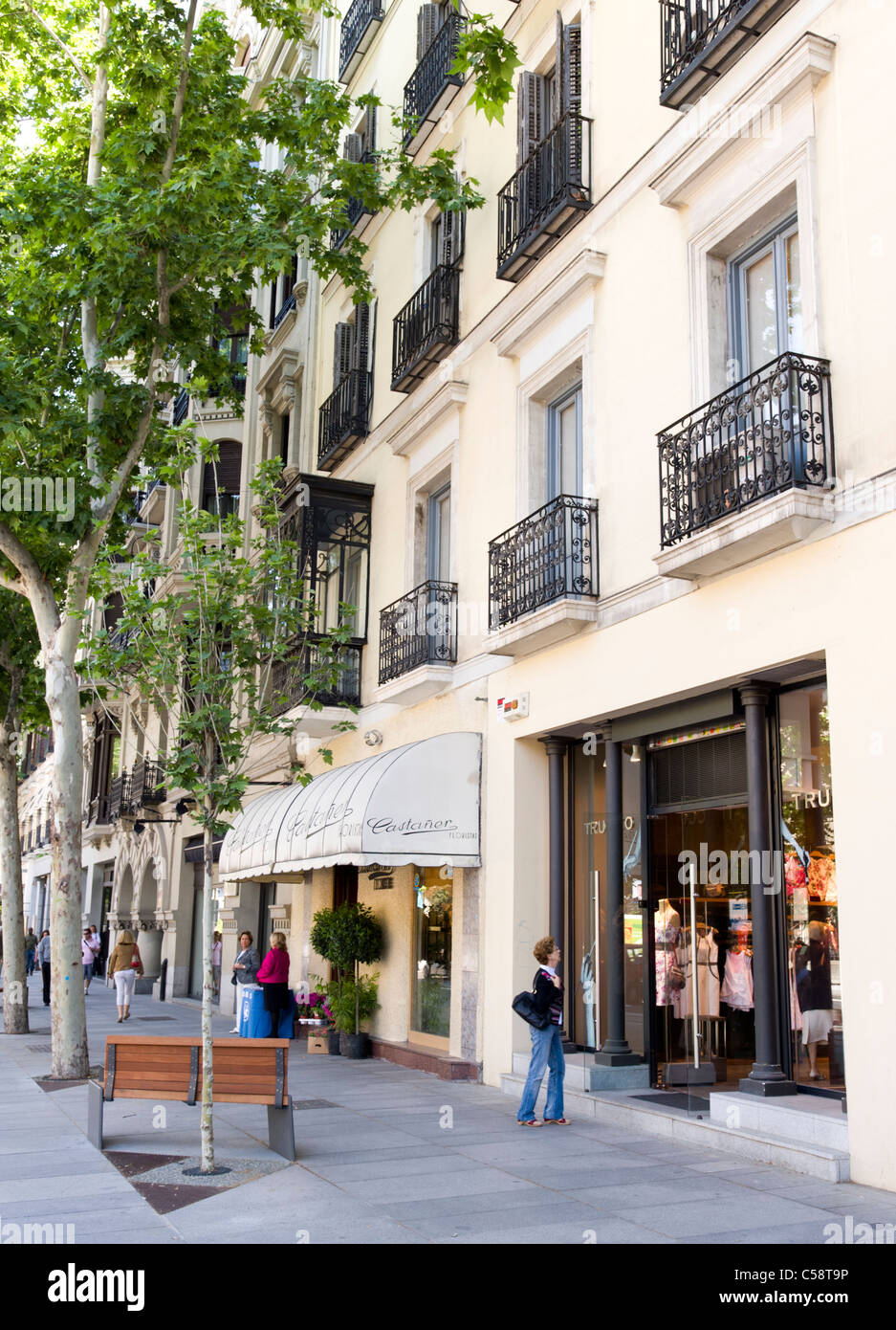 3758d3600 Shopping on Calle de Serrano in the Salamanca district, Madrid, Spain
