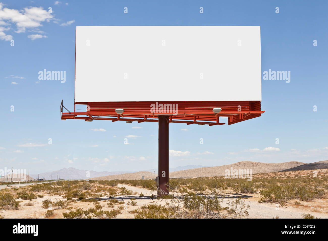 Big, blank billboard in the middle of the Mojave desert. - Stock Image